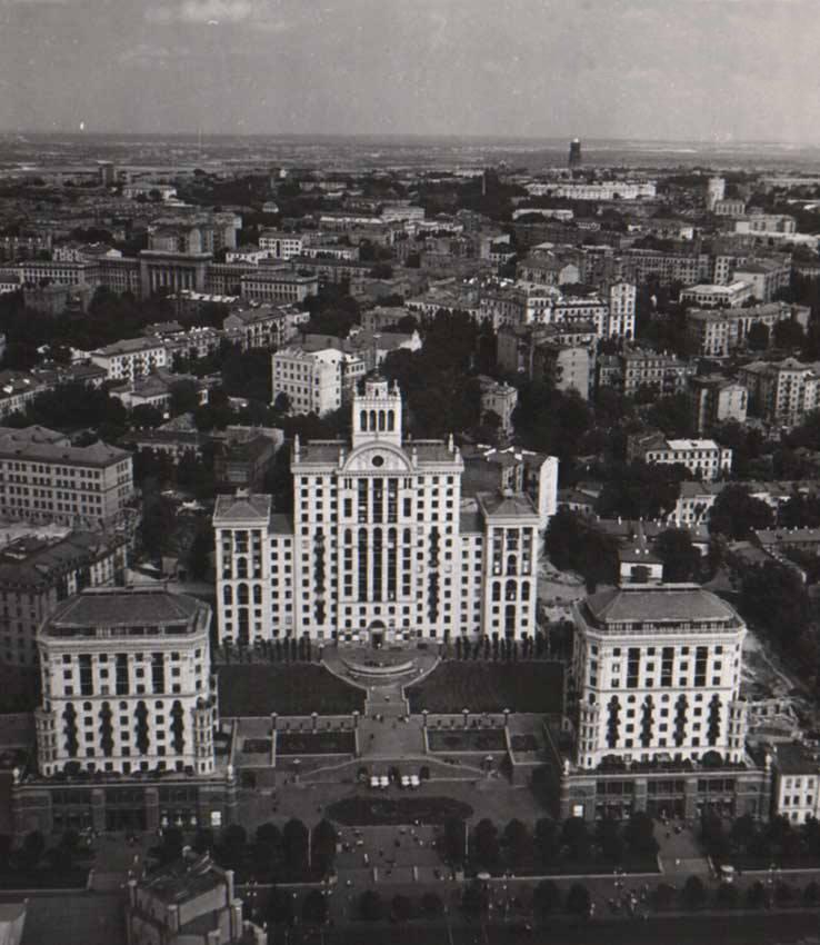 Крещатик со стороны улицы Хмельницкого (Ленина)