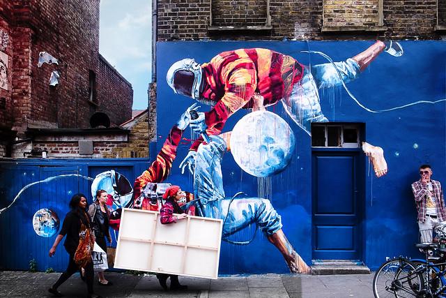 FIGHTING SPACEMEN – Hanbury Street