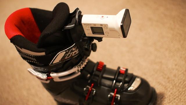 Photo:Attach SONY FDR-X3000 to Ski boots. By MIKI Yoshihito. (#mikiyoshihito)