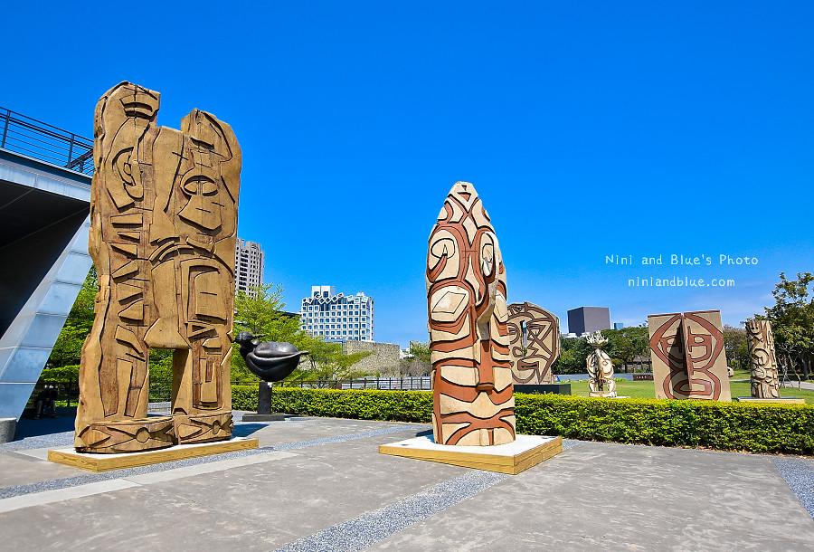 40955502951 fe038d35b5 b - 吳炫三回顧展,巨型木雕圖騰.狂野震撼.台中新景點