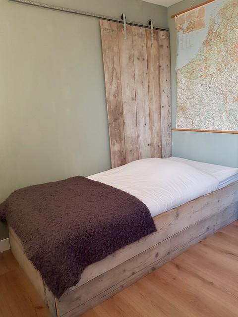 Houten schuifdeur slaapkamer