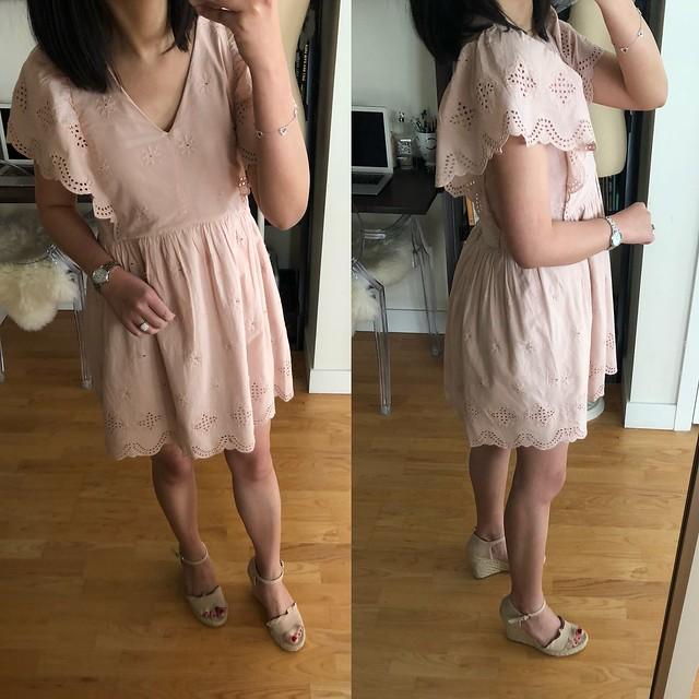 LOFT Eyelet Flutter Dress, size XSP