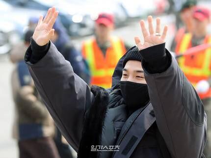 BIGBANG via kappi573 - 2018-03-12 (details see below)