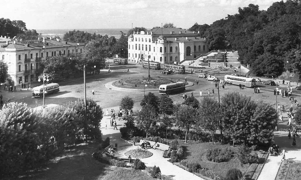 Площадь Сталина (Европейская площадь), 1950-е годы