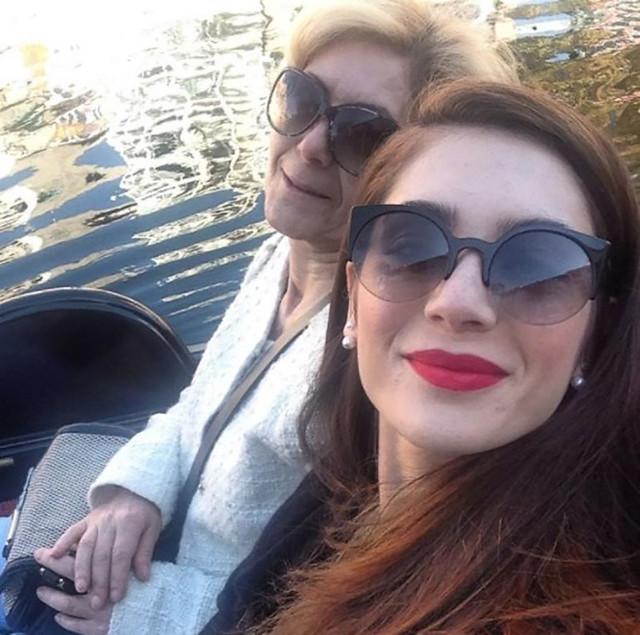Gönül Zenginer, Fulya Zenginer