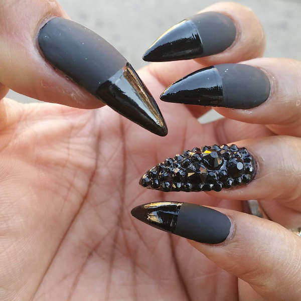 20 Trendy Elegant Pointy Nail Art Designs 2018 - Fashion 2D