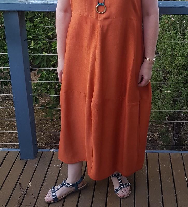 Tessuti Eva dress in hand woven silk from Chiang Mai