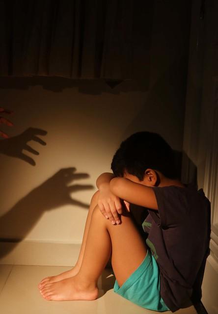 18.03.12 Violência contra criança.