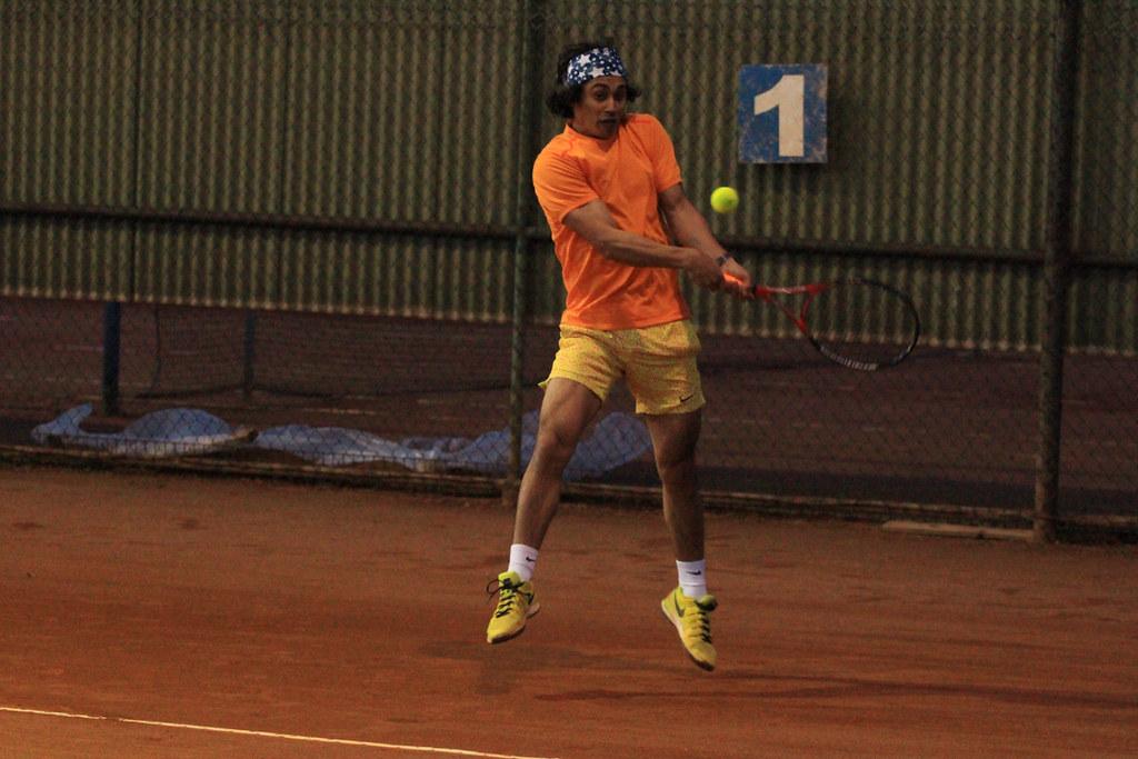 Comienza liga de tenis animada por socios del C.D.Huachipato