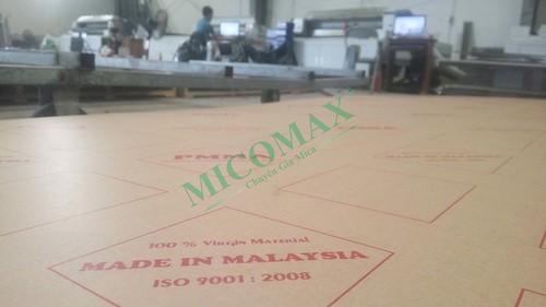 mica-malaysia-pmma--chuẩn bị đưa vào cắt