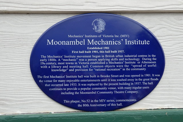 Photo of Moonambel Mechanics' Institute blue plaque
