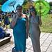 Ladies Under Umbrellas-motoros redőnyök