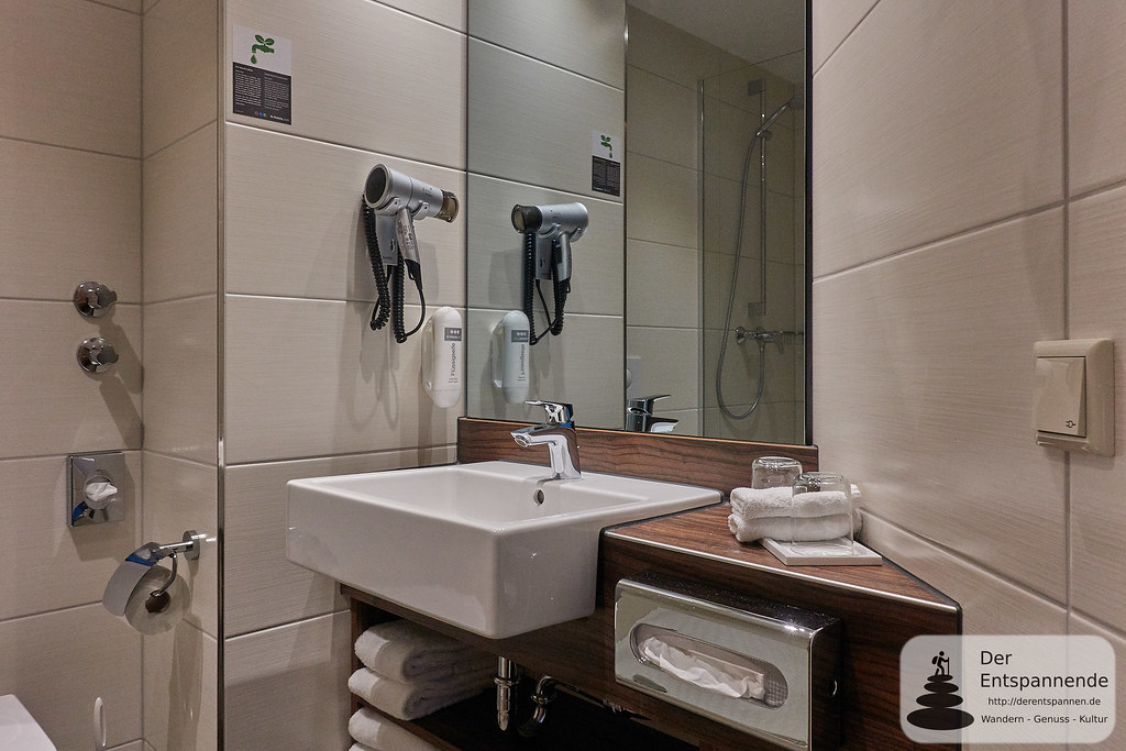 H+ Hotel Limes Thermen Aalen: Badezimmer