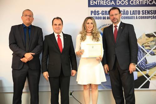 ENTREGA_CERTIFICADOS - PÓS COMBATA A CORRUPÇÃO (34)