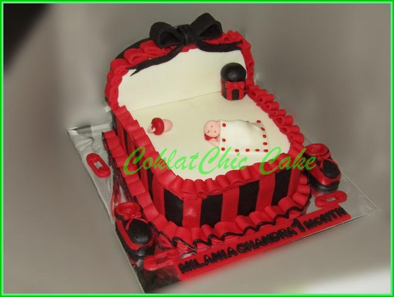 Cake Tempat Tidur Bayi MILANIA 15 cm