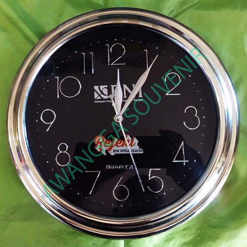 souvenir jam dinding 900, 30, 42.500