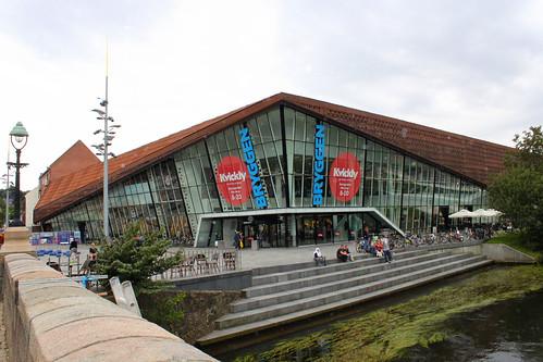 bryggen shopping centre