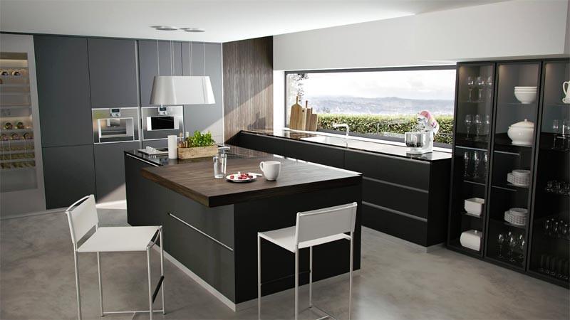 Salah satu desain tren dapur 2018 dengan warna hitam mette