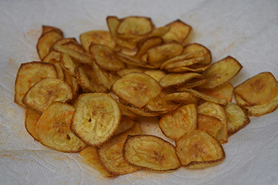 Vazhakkai / Plantain Chips cooking steps by GoSpicy.net