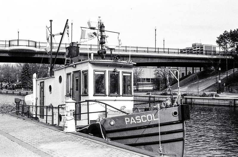 Moored Pascol