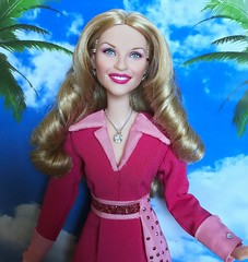Reese Witherspoon Elle Woods doll