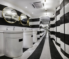 DropKL_BlackWhite_RestRooms