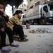 Esperant que acabi l'horror FOTO: Bassam Khabieh / Reuters (Mirades ARA)