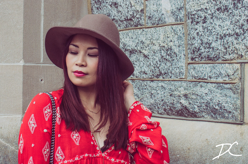 floppy-hat-red-boho-top-4