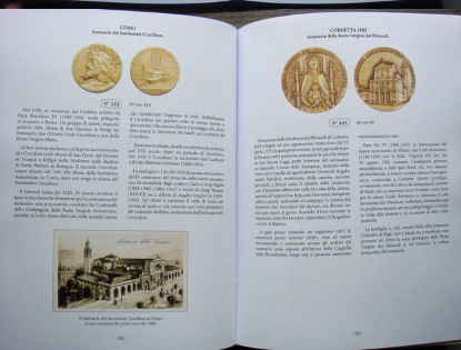 Chiese Cattoliche Medaglia D'Arte book sample page2