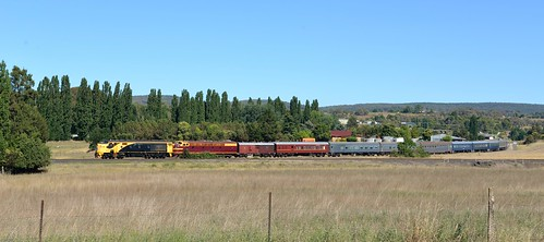 42103+4204 pass by the former junction to Dubbo with the Sydney bound 'Blue Suede Express' from Parkes at Molong, NSW. (1)