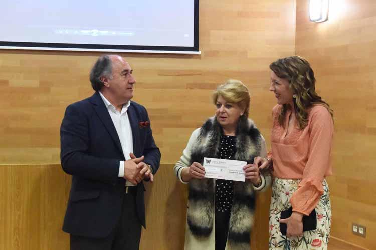 INAUGURACIÓN DE LA EXPOSICIÓN DE LAURA MORENO UN NUEVO AMANECER2