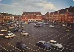 Postcard Beauvais Place des Halles 1968a