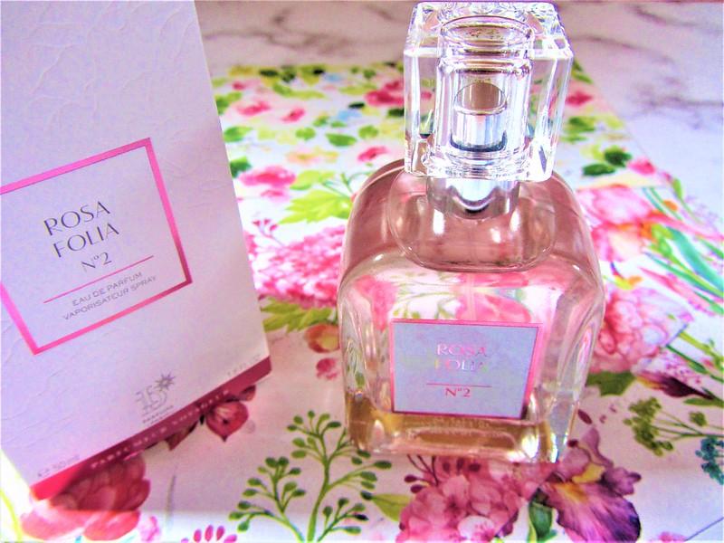eau-de-parfum-rosa-folia-pierre-ricaud-nouveaute-thecityandbeauty.wordpress.com-blog-beaute-femme-IMG_9322 (3)