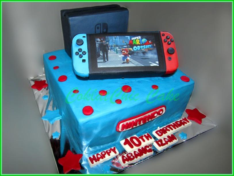 Cake Nintendo Switch ABANG IZAM 20 cm
