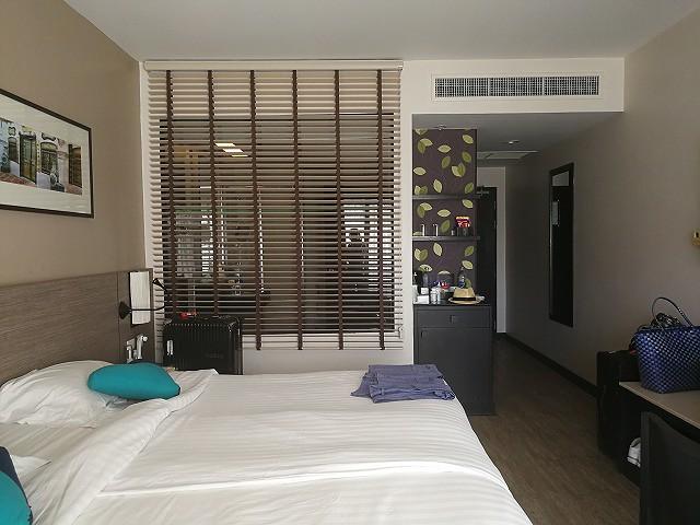 <p>a)1ベッドルームのお部屋です。</p>
