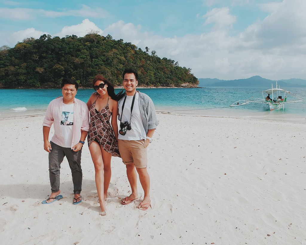 Inaladelan Island, Palawan Poor Traveler