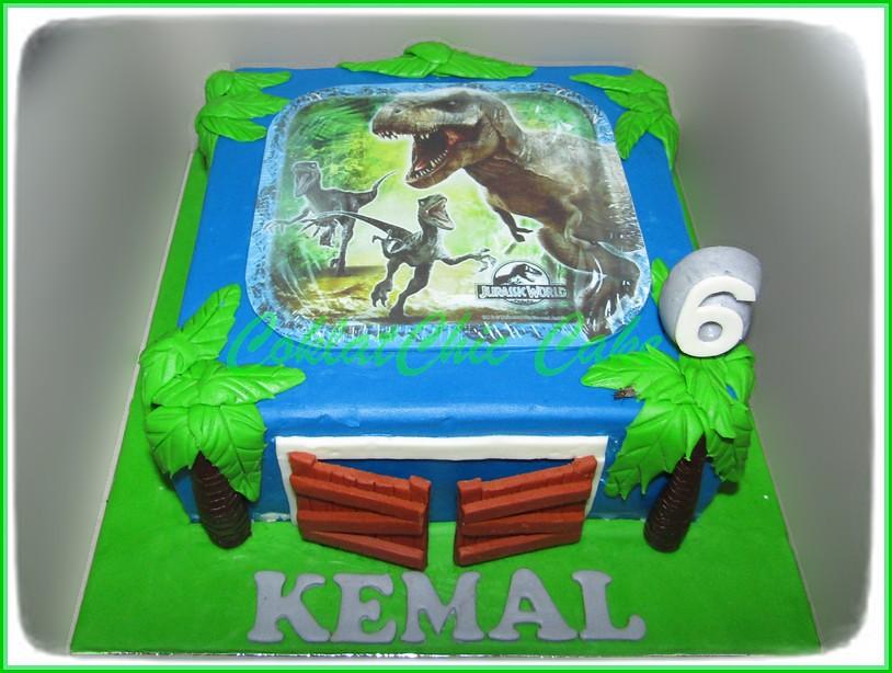 Cake Jurassic World KEMAL 20 cm