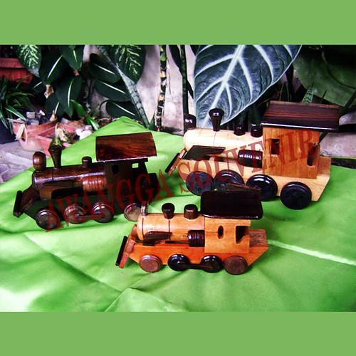 miniatur kayu lokomotif