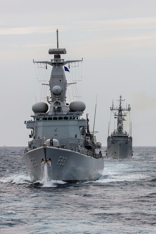 La frégate Louise-Marie part pour l'opération Sea Guardian - Page 4 40001695894_ef3fe343f3_o