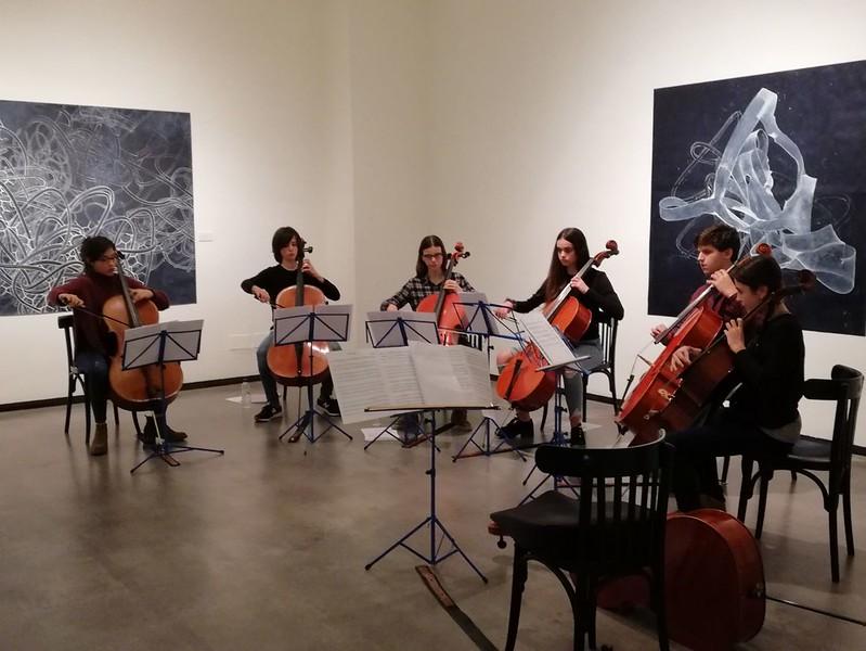 Violoncels amb Jo Milne a La Sala