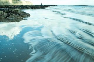 20170331-31_Wave Action - Sand and Rocks - Robin Hoods Bay
