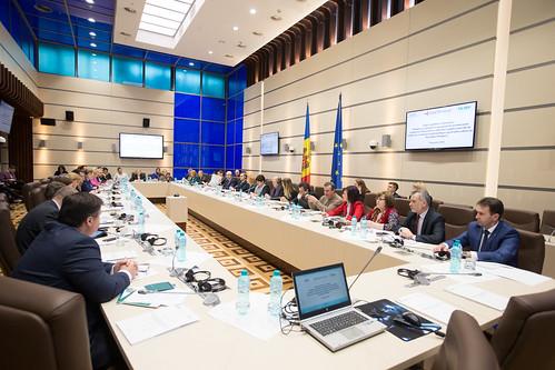 """2018 03 14 Audieri publice la subiectul """"Mobilizare globală și angajamentele în domeniul combaterii tuberculozei - Comisia protecție socială, sănătate și familie"""