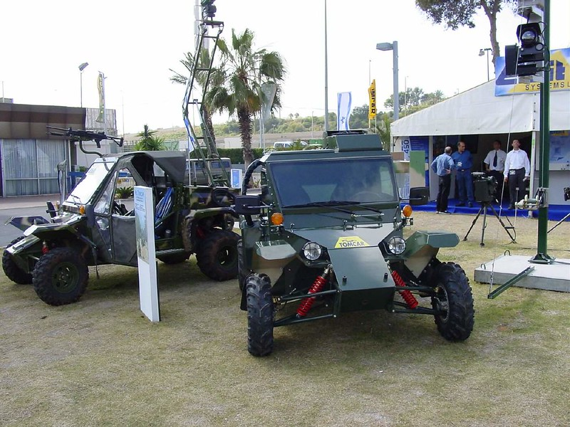 Tomcar-Adventurer-and-Armadillo-LIC2004-q-wf-1
