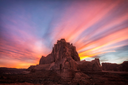 archesnationalpark tower rockformations sunset explore