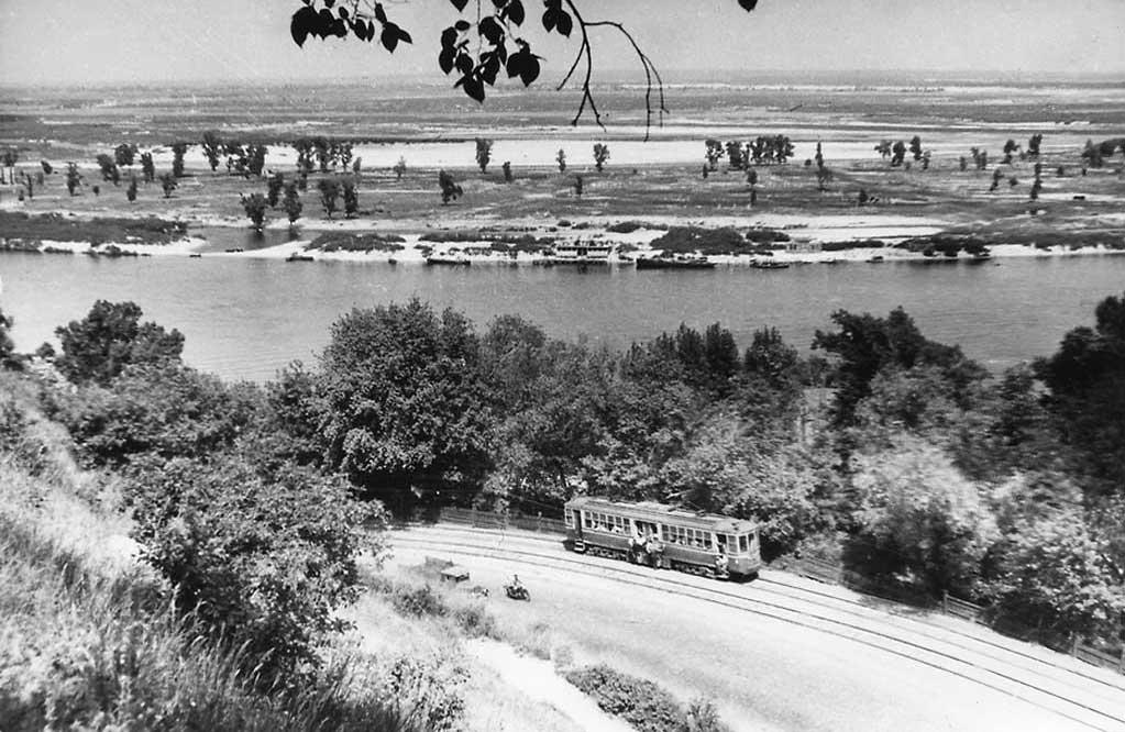 Вид на Днепр и Владимирский спуск, 1947 год