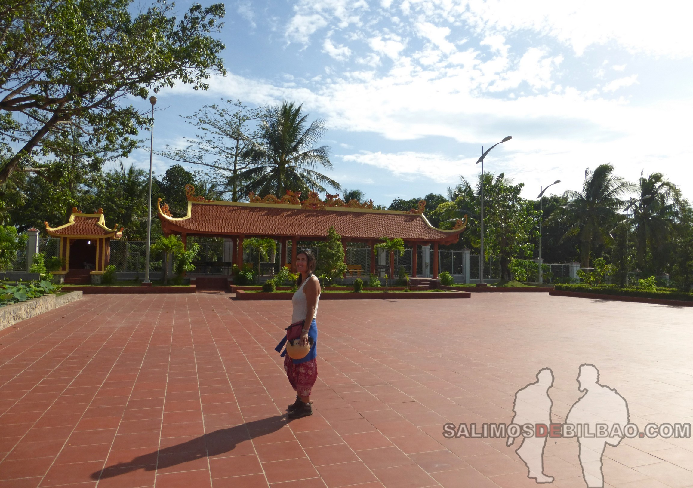 0133. Saioa, Pagoda Dinh Nguyen Trung Truc, Noreste de Phu Quoc