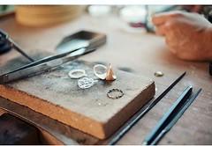 Making a Jewelery by @emmakrafft_jewellery www.Turkishjewelery.com #Risingstar #atolye #makingjewelry #faregioielli #jewellery #jewelry #jewelrydesigner #gioielli #ring #bracelet #necklace #anello #braccialetto #handmade #Turkishjewelry #Tjcom