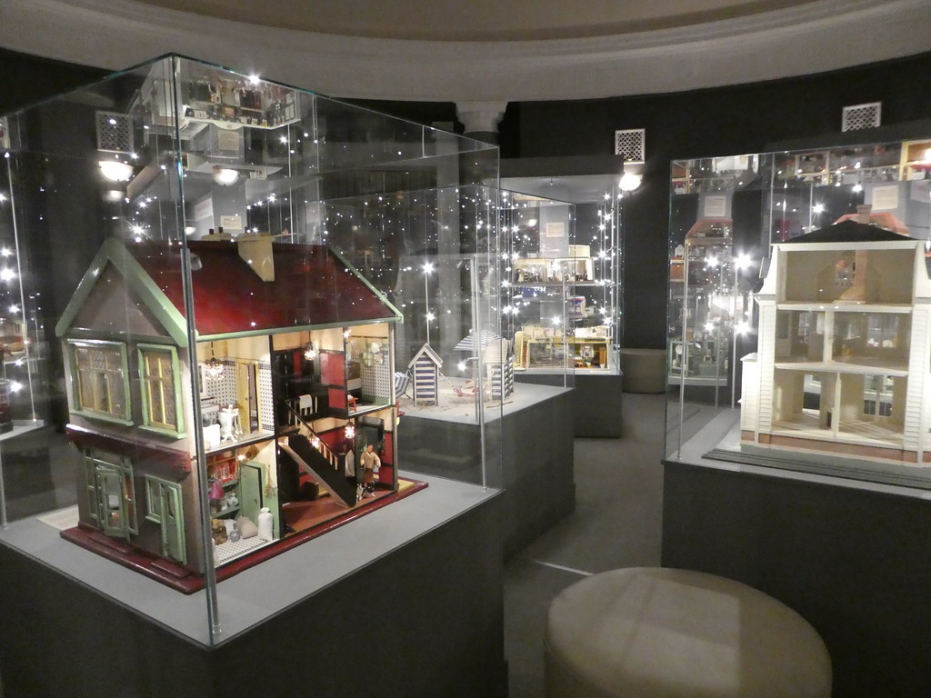 Dollhouse Museum, Warsaw