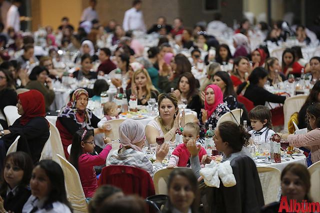 Antalya Büyükşehir Belediyesi 8 Mart Dünya Kadın Emekçiler günü yemek