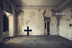 UE: Religious House